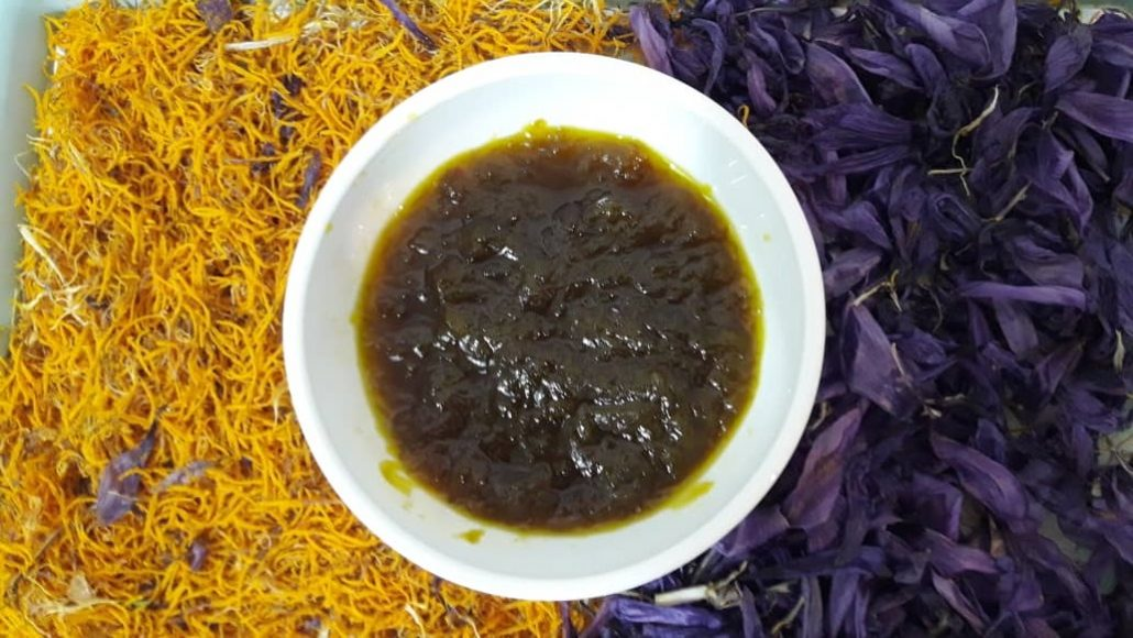 پخت مربا گل زعفران در خانه